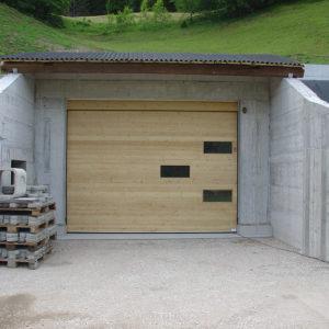 Garagentor sektionaltor holz  Garagentore - Südtirol Türen in Bruneck